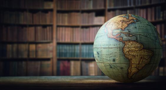 ปัจจัยใดบ้างที่เกี่ยวข้องกับ โลกคู่ขนาน