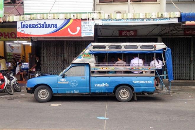 อาชีพคนขับรถโดยสารสาธารณะในต่างจังหวัด
