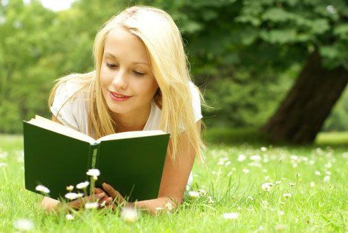 นิสัยการอ่านหนังสือ ที่ช่วยให้คุณเข้าใจตัวเองมากขึ้น