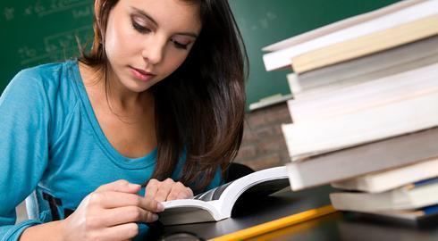 นิสัยรักการอ่าน ช่วยให้มีข้อมูลที่ดีในการตัดสินใจเรื่องต่าง ๆ