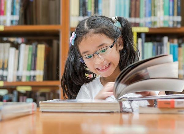 นิสัยรักการอ่าน ที่ช่วยพัฒนาตนเองได้