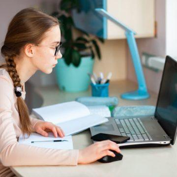 เทคนิคเรียนออนไลน์ ที่ต้องจัดสรรเวลาในการเรียนให้ดี