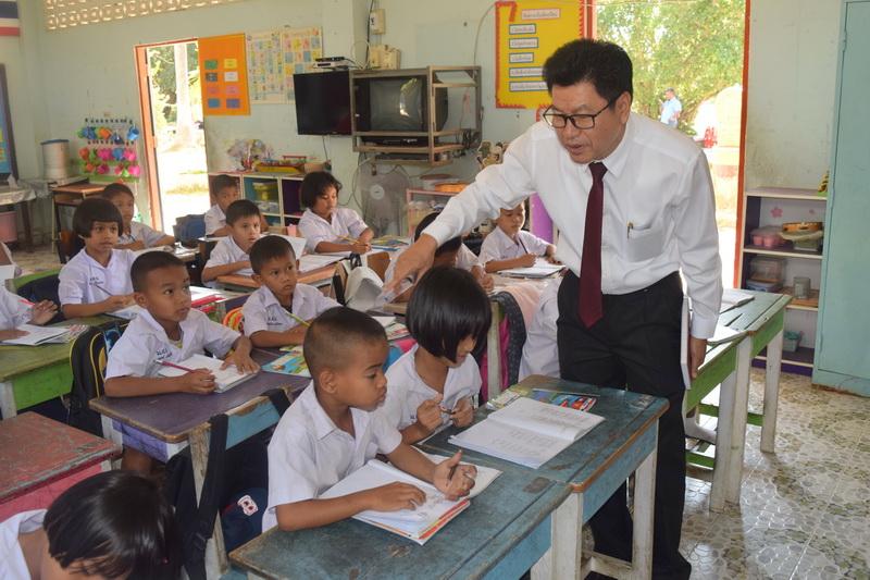 จำนวนชั่วโมงในการเรียน เพื่อให้เด็กมีสมาธิในการเรียนต่อเนื่อง