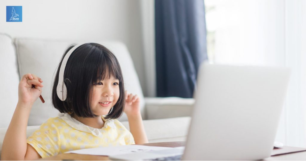 การเรียนออนไลน์ในช่วงโควิด ที่เด็กๆหลายคนอาจจะรู้สึกเบื่อ